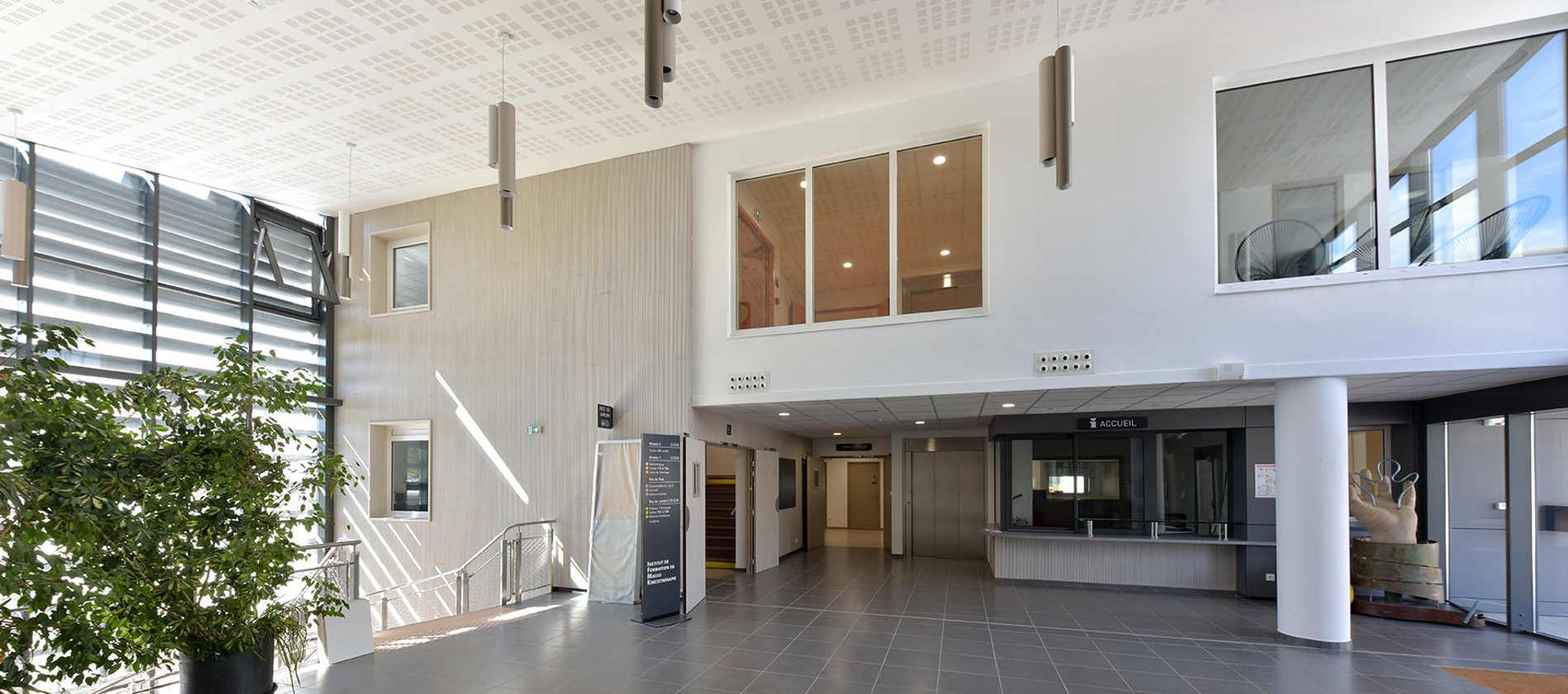 Hall d'entrée IFMK - Vichy (03) - CDR Promotion